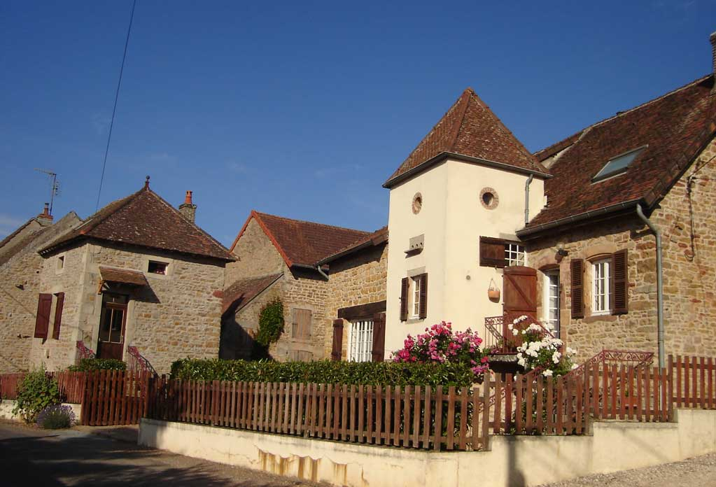 Chambre d'hôtes ou gîte à Couches en Bourgogne.
